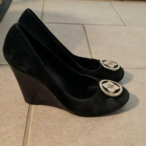 BCBG black and gold suede wedge heels
